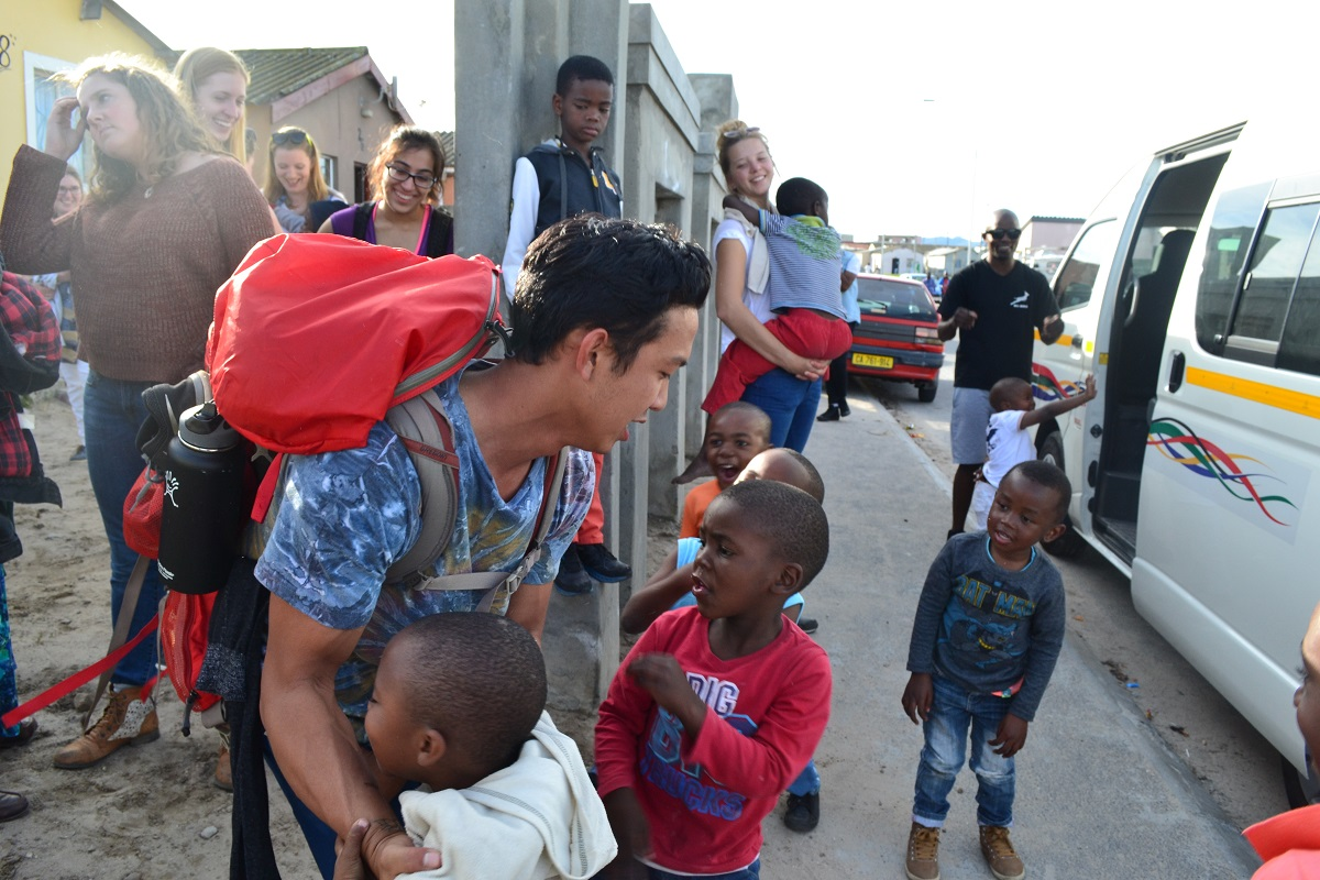volunteer abroad students in cape town