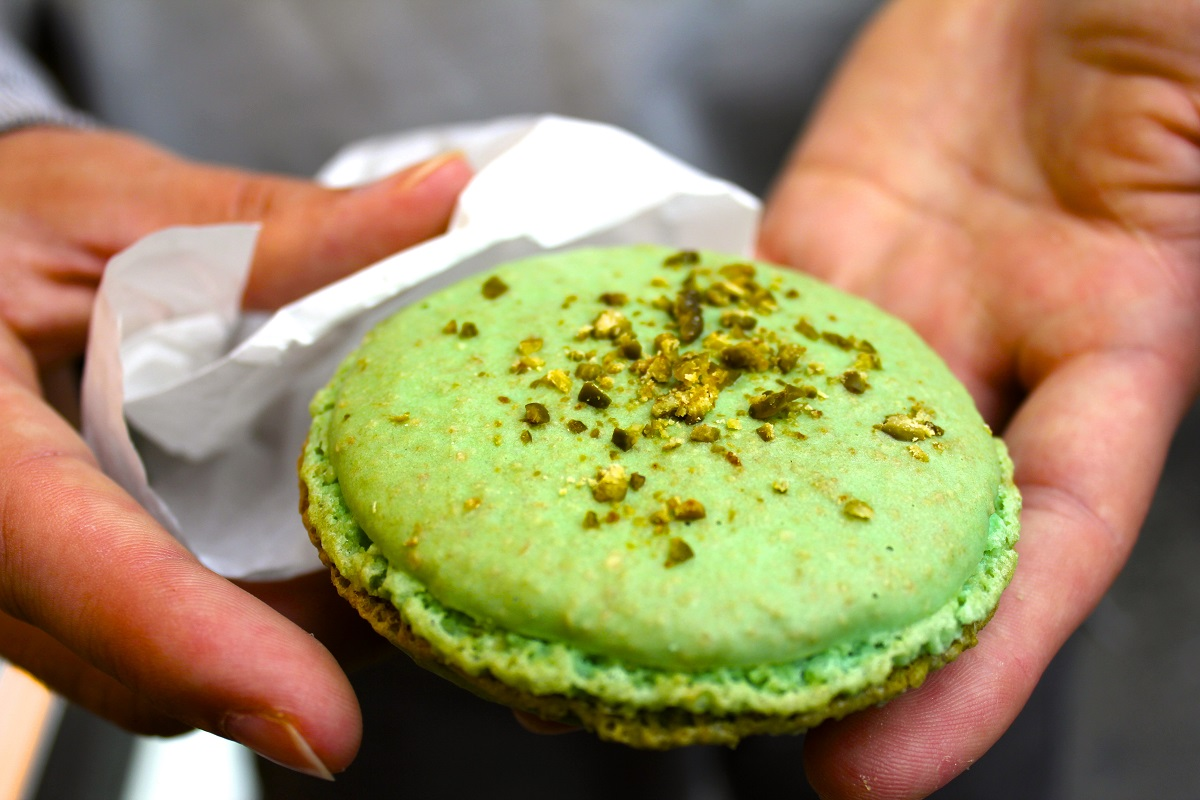 Green Macaroon in France