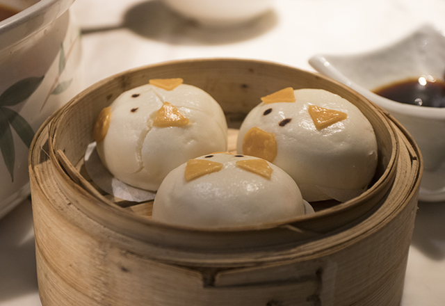 Steamed pork buns decorated to look like pigs!