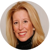 Lisa Sharkey, IES Abroad London alumna and speaker for the NYC Global Speaker Series on July 18, 2019