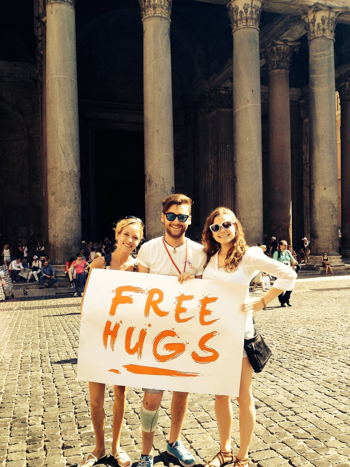 volunteer abroad students in rome