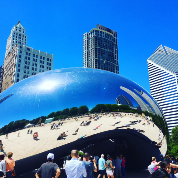 """the bean"" Cloud Gate sculpture in Chicago"