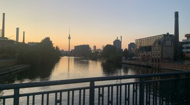 The view from a bridge over the Spree.