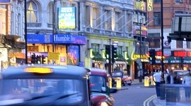 London study abroad student photo of busy street at night