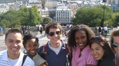 IES Abroad Students in Paris