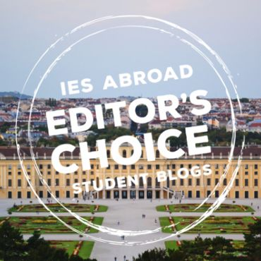 editors choice logo over landscape image of Viennese palace