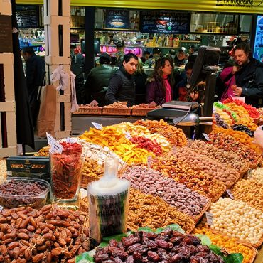Student shopping at an outdoor market