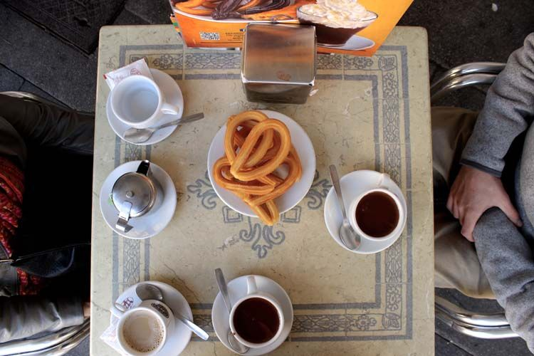 Madrid students with churros and tea