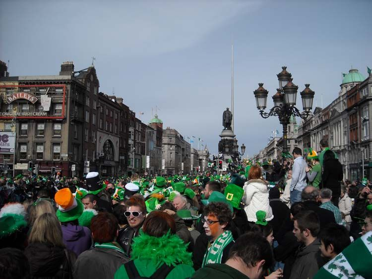 Students at St. Paddy's day parade