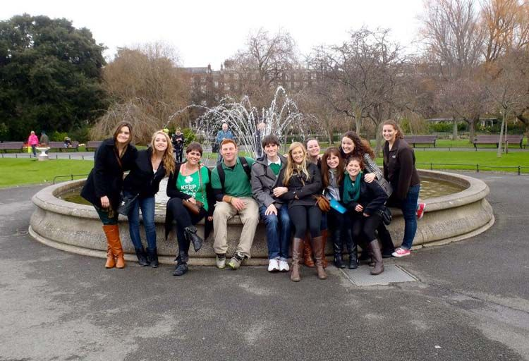 Group of Dublin students by a fountain