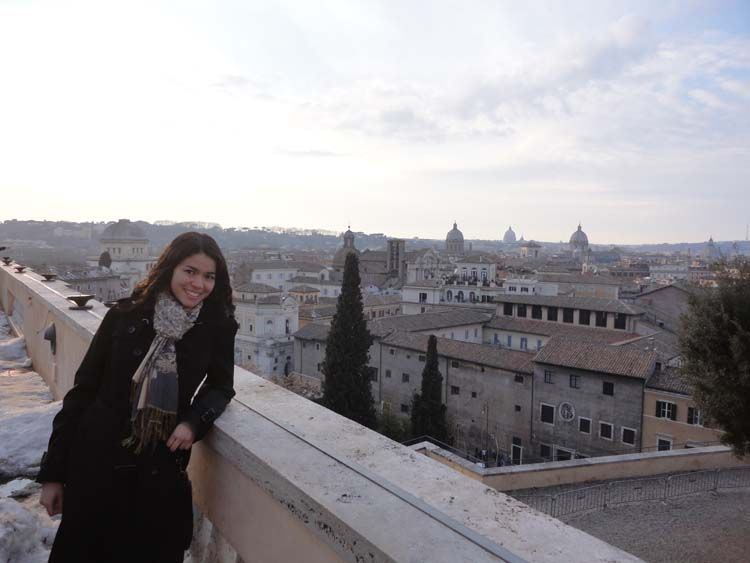 Student and Rome skyline