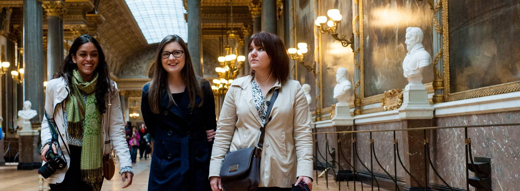 Paris internship students at a museum