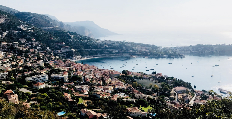 scenic photo of nice and the sea