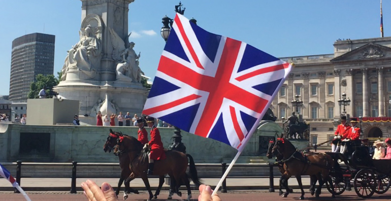 flags and carriages in london