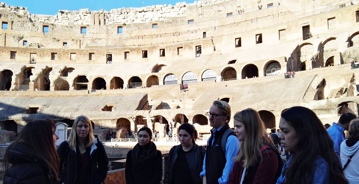 Students participating in Internships in Rome do Field Study at the Colosseum