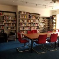 library in the IES Abroad London Center