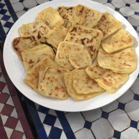a plate of milwi